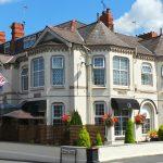 Brookside Hotel & Restaurant