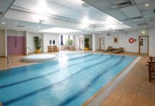 Swimming Pool Crowne Plaza Hotel Chester