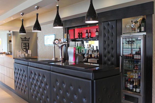 The Bar at Holiday Inn Express Chester Racecourse
